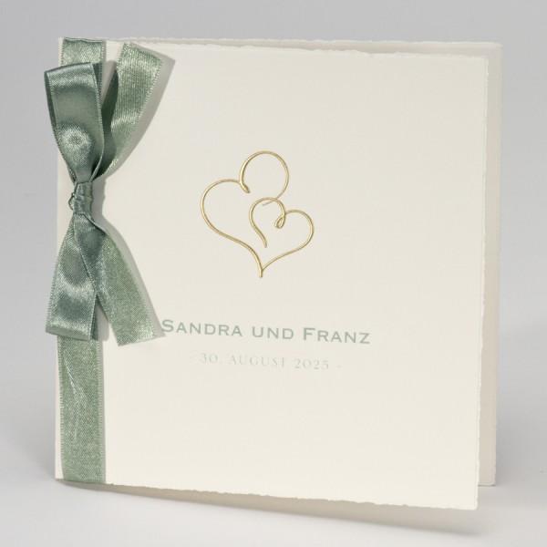 Hochzeitskarte mit Doppelherz in Gold & grünem Band