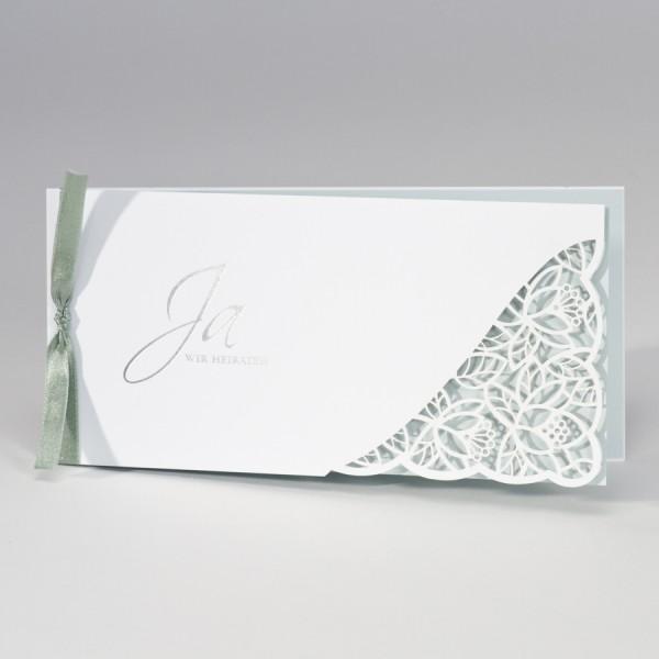 Hochzeitskarte mit Spitze Stanzung & grünem Einleger
