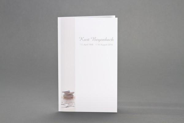 Doppelkarte mit gestapelten Zen-Steinen inkl. passendem Briefumschlag