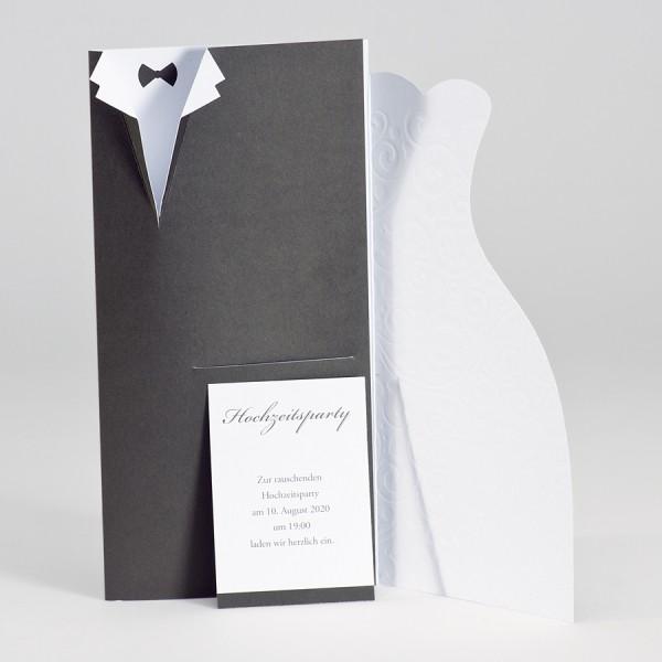 Hochzeitskarte mit gestanztem Anzug und Brautkleid