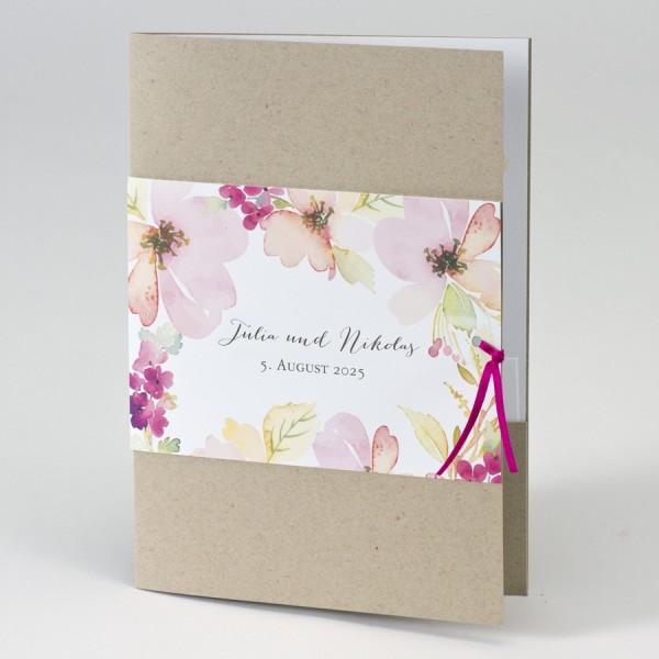 Hochzeitskarte aus Kraftpapier mit Blumenbanderole